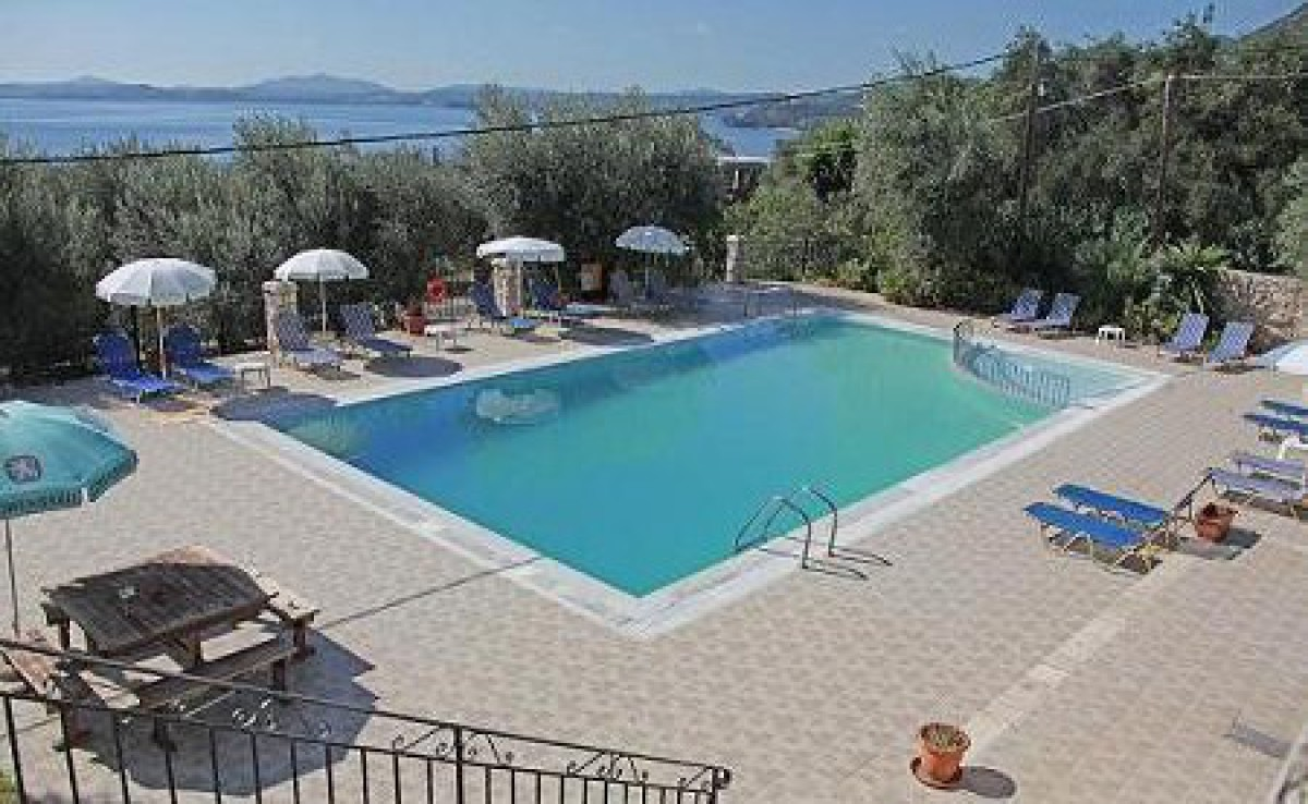 Crystal Blue Apartments Barbati Glyfa Korfu